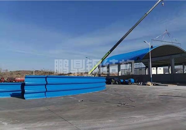 24米跨度金属拱形屋面