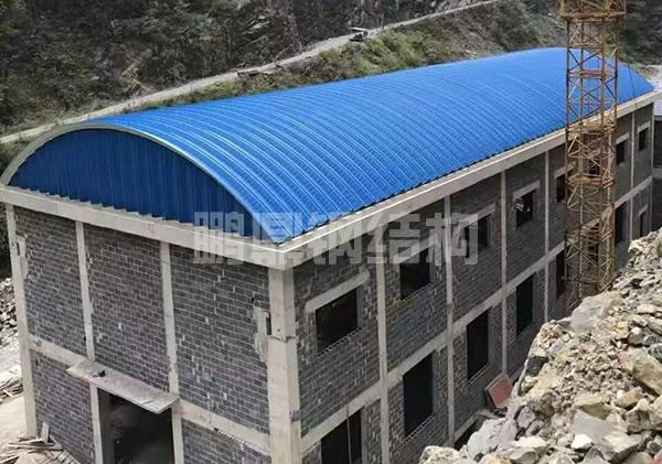楼房波纹钢拱形屋盖