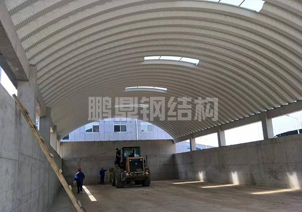 钢结构拱形屋面